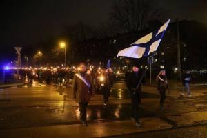 612-marssi Helsingissä 6.12.2014.