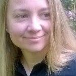 Milla Hannula (s. 1974) on valtiotieteiden maisteri, joka on toiminut mm. tutkijana ja toimittajana. Hän on julkaissut teoksen Maassa maan tavalla: Maahanmuuttokritiikin lyhyt historia (2011).