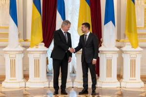 Ukrainian President Zelenskiy meets with his Finnish counterpart Niinisto in Kiev